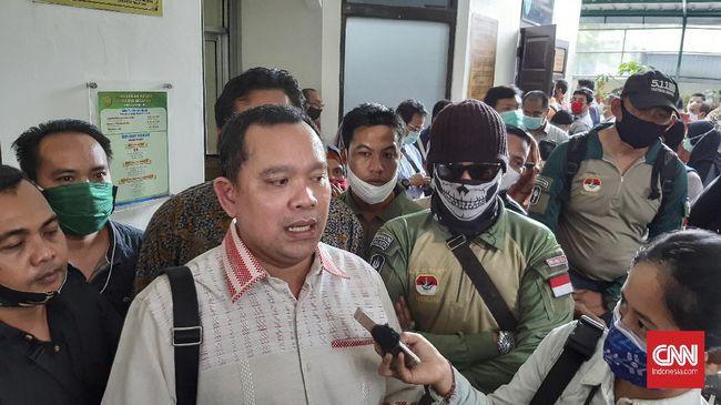 Pengacara Ruslan Buton, Tonin Tachta Singarimbun