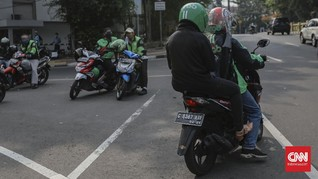 Kemenhub: Penerapan Penumpang Ojol Bawa Helm Sulit Diterapkan
