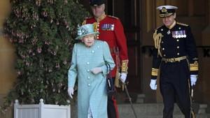 Pendapatan Ratu Elizabeth II Anjlok karena Lockdown Corona