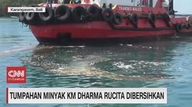 VIDEO: Tumpahan Minyak KM Dharma Rucita Dibersihkan