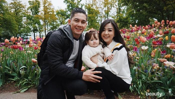 5 Pasang Seleb yang Punya Anak Setelah Setahun Menikah