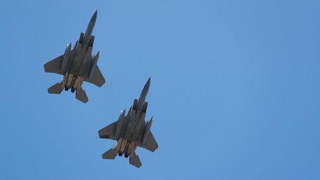 Amerika Serikat meluncurkan rudal jarak terjauh sepanjang sejarah Angkatan Udara mereka menggunakan jet tempur F-15C pada bulan lalu.