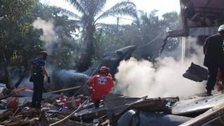 Pesawat TNI Jatuh di Permukiman di Kampar, Riau