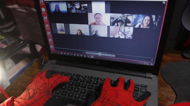 Aplikasi pendidikan asal RI menawarkan kelas interaktif online gratis untuk membantu anak yang jenuh belajar jarak jauh kala pandemi.