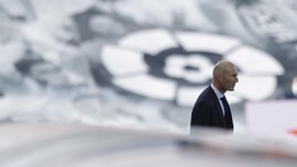 Zidane Terancam Dipecat Madrid, Pochettino dan Raul Mencuat
