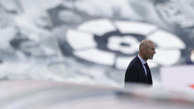 Hasil buruk yang dialami Real Madrid di Liga Spanyol dan Liga Chanmpions membuat masa depan Zinedine Zidane sebagai pelatih dispekulasikan.