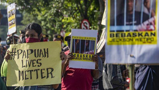 Penyidikan kasus makar terhadap mahasiswa Universitas Khairun, Ternate, diduga berkaitan dengan gugatan SK Rektor yang berisi keputusan DO.