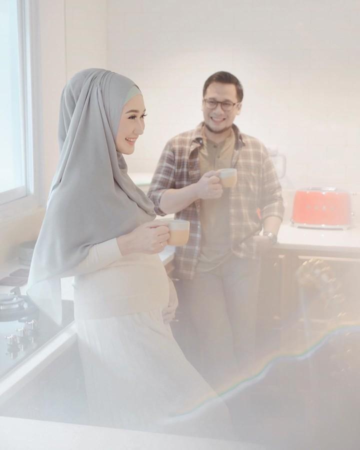 Dian Pelangi hamil