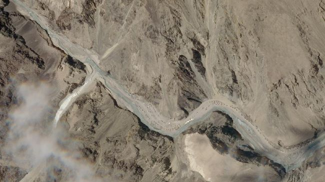 India dan China berunding lagi untuk menyelesaikan sengketa wilayah Ladakh di pegunungan Himalaya yang kembali memanas.