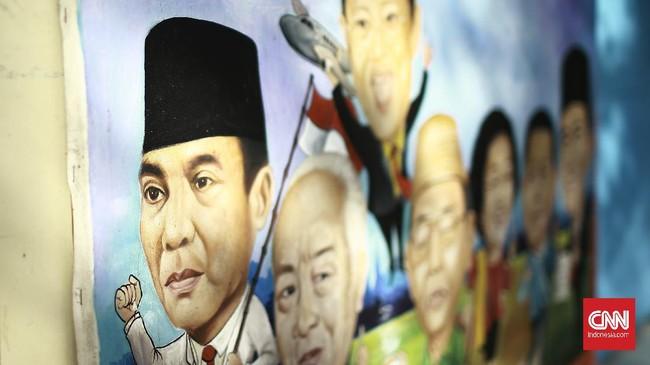 Lukisan Presiden RI pertama,  Ir. Soekarno bersama Presiden-Presiden RI penerusnya, yang di buat oleh seniman lukis anggota paguyuban pelukis Pasar Baru. Kamis (18/6/2020). CNN Indonesia/Andry Novelino
