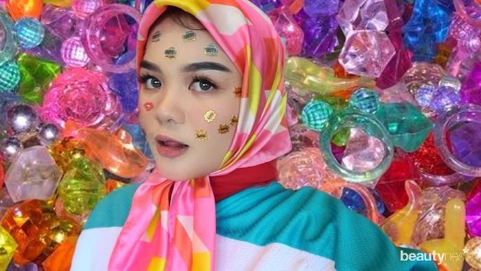 Inspirasi Gaya Hijab ala Selebgram Cantik Shealyn Aisyah Laila