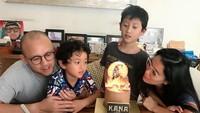 Anak sulung Marcella dan Ananda, Kana Mahatma Soeprapto baru saja berulangtahun ke-9. Kana dulunya terlahir prematur lho, Bunda. (Foto: Instagram @marcella.zalianty)