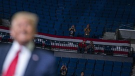 FOTO: Bangku Kosong Saat Kampanye Trump di Tulsa