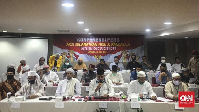 Ratusan ormas Islam menggelar rapat koordinasi untuk menolak dan mendesak pemerintah dan DPR RI mencabut RUU HIP dari prolegnas di Jakarta