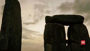 VIDEO: Summer Solstice Tanpa Keriaan di Stonehenge