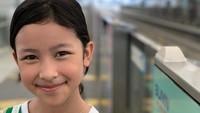 Mewarisi wajah kedua orang tuanya yang rupawan, Aquene juga memiliki paras yang cantik, Bunda. (Foto: Instagram @djorghisultan)