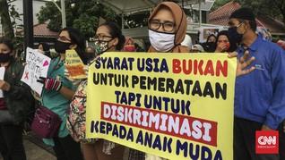 Orang Tua Siswa Desak Anies Hapus Aturan Usia PPDB Jakarta