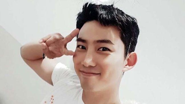 Song Joong-ki dan Jeon Yeo-bin kompak memuji akting Taecyeon 2PM yang berhasil membawa keceriaan di lokasi syuting drama Vincenzo.
