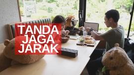 VIDEO: Boneka Untuk Tanda Jaga Jarak Fisik