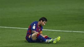 Messi dan Benzema Saling Sikut demi Sejarah