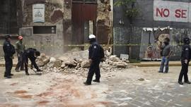 FOTO: Gempa M 7,4 dan Tsunami Lokal Guncang Meksiko