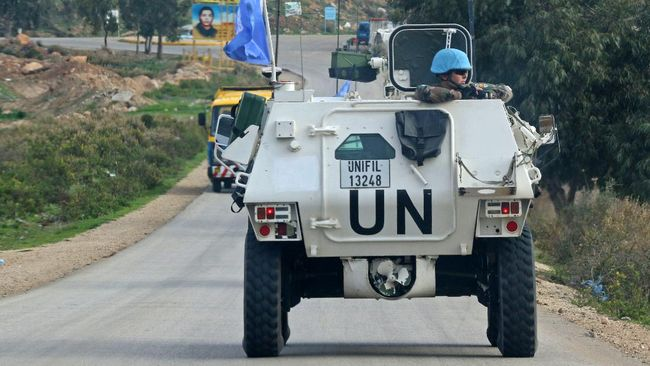 Sebanyak 90 anggota Pasukan Penjaga Perdamaian Perserikatan Bangsa-Bangsa di Libanon (UNIFIL) dilaporkan terjangkit Covid-19.
