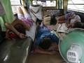 FOTO: Nestapa Sopir Jeepney Filipina di Tengah Pandemi