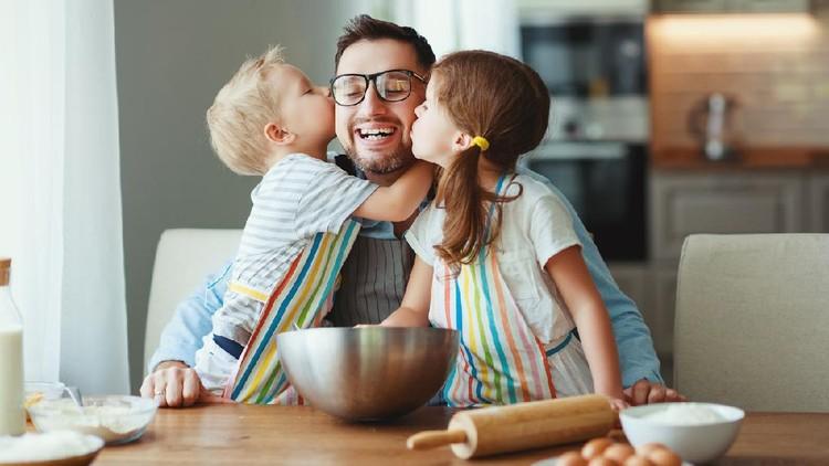Ilustrasi bonding ayah dan anak