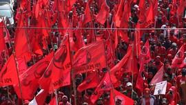 Respons Pembakaran Bendera, Kader PDIP Merahkan Surabaya