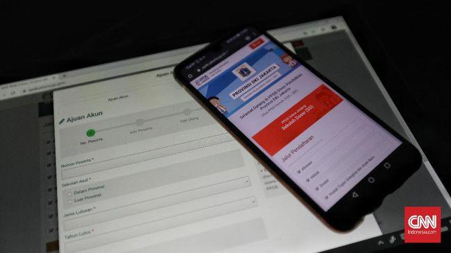 Netizen mengeluh kesulitan melakukan pendaftaran di situs PPDB DKI Jakarta lantaran gagal buat akun hingga notifikasi interkoneksi.