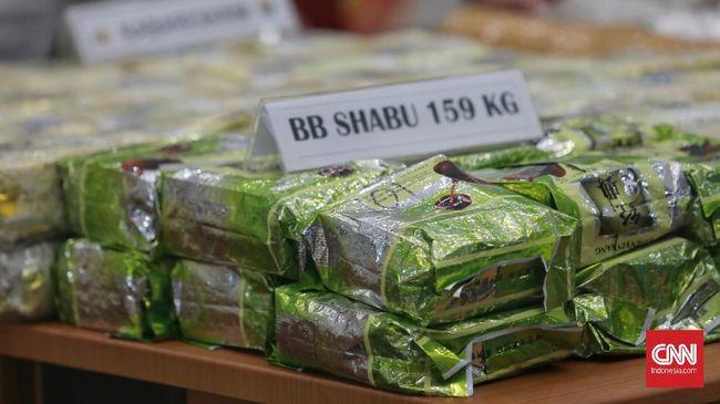 Kalapas Sukabumi mengatakan penyelundupan narkoba yang disembunyikan ke makanan bukan kali pertama di sana, sebelumnya pernah pula disembunyikan ke tumis cumi.