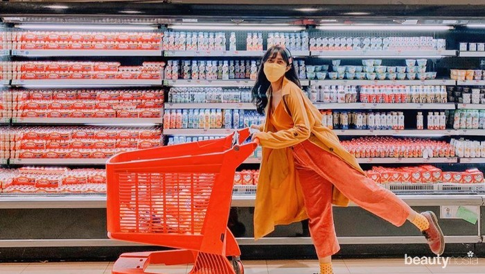 Stylish! 5 Gaya Influencer Berbelanja di Masa New Normal