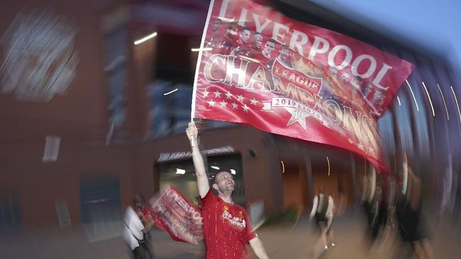 Fan Liverpool, Jangan Lebay Merayakan Gelar Liga Inggris