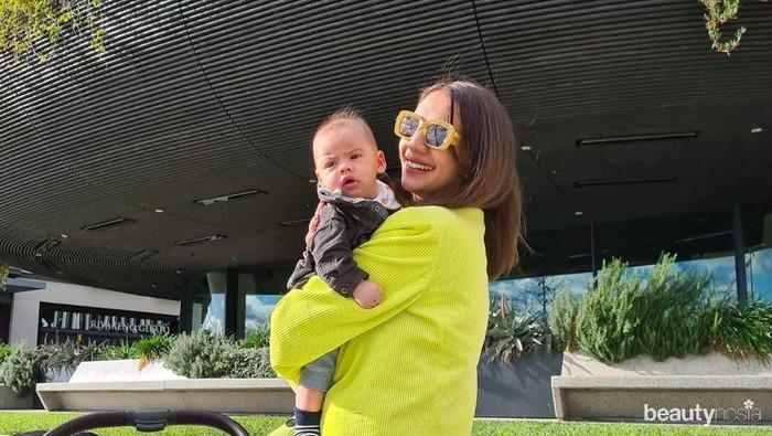 Jadi Ibu, Ini Potret Bahagia Acha Sinaga dan Baby Lucas