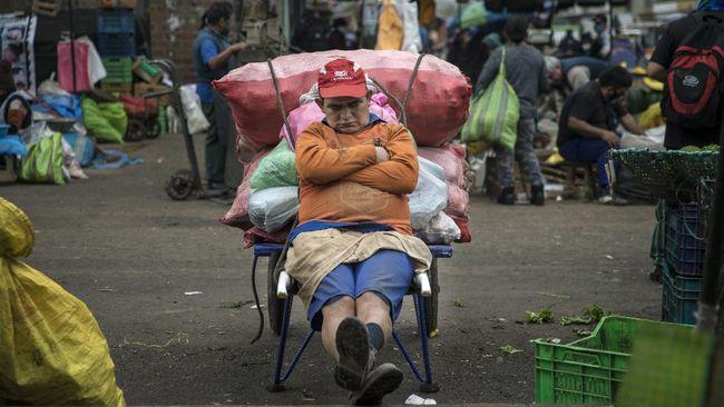 Amerika Latin mengalami kemiskinan ekstrem di level terburuk sepanjang 20 tahun terakhir, kondisi ini didorong oleh pandemi virus corona.