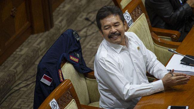 Jaksa Agung ST Burhanuddin mengklaim tak mengenal Djoko Tjandra dan tak pernah melakukan video call dengannya.