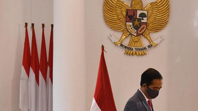 Jokowi Didesak Cabut Peraturan soal Polisi di Jabatan Sipil