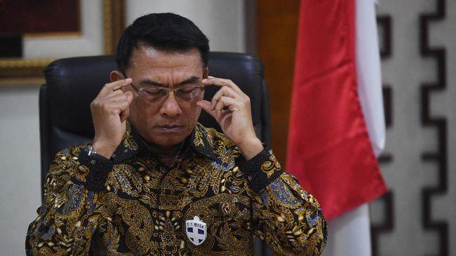Kepala Staf Kepresidenan RI Moeldoko merespons banyaknya penolakan oleh masyarakat kepada UU Omnibus Law Cipta Kerja.
