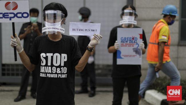 Lebih dari 12 ribu orang menandatangani petisi daring untuk menolak pembangunan PLTU Jawa 9 dan 10 di Suralaya Banten dan meminta proyek ini dihentikan.