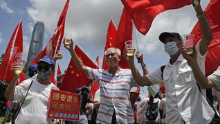 China Ancam Inggris soal Tawaran Pindah Warga Hong Kong