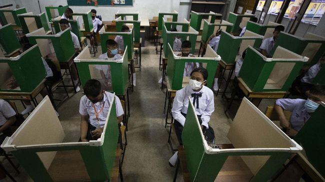 Pemerintah Kamboja memutuskan untuk menutup sekolah hingga Januari setelah muncul laporan penularan lokal virus corona dari keluarga di Phnom Penh.