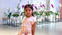 <p>Putri sulung Reisa dan R. Satriyo Daniswara ini sekarang sudah berusia 5 tahun lho, Bunda. (Foto: Instagram @reisabrotoasmoro)</p>