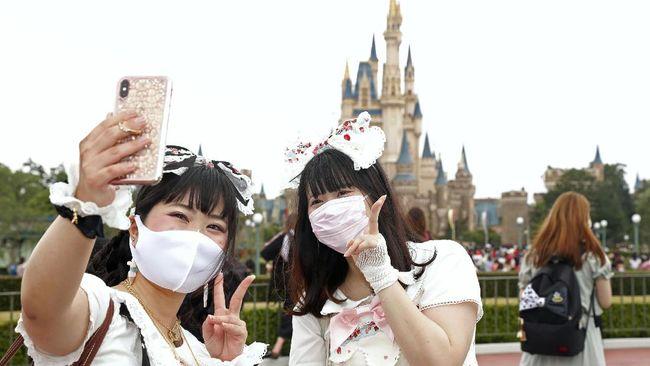 Warga negara Indonesia yang ingin wisata ke Jepang harus bersabar, karena layanan visa ke Jepang saat ini masih ditutup.