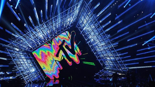 LOS ANGELES, CA - AUGUST 30: MTV Logo is seen onstage during the 2015 MTV Video Music Awards at Microsoft Theater on August 30, 2015 in Los Angeles, California.   Kevork Djansezian/Getty Images/AFP