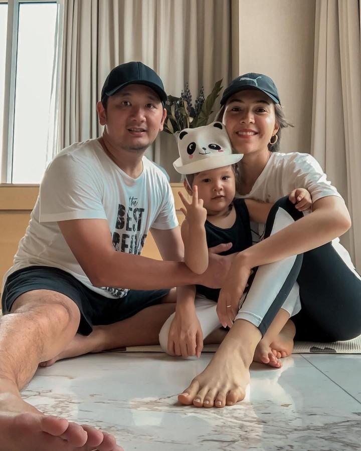 Olivia Jensen dan putrinya.