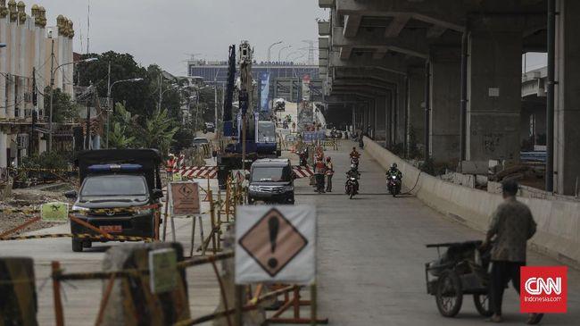 Waskita Karya menggandeng CCCC, BUMN China, bekerja sama membangun proyek infrastruktur, mulai dari tol Ciawi-Sukabumi hingga Pelabuhan Benoa Bali.