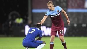 FOTO: Kalah dari West Ham, Chelsea Terancam Disalip MU