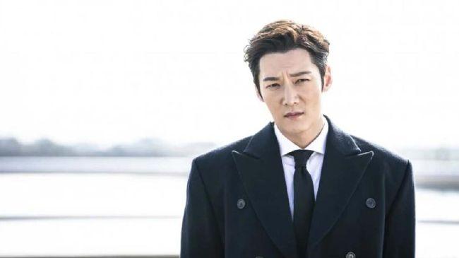 Choi Jin-hyuk dalam drama Rugal dok. OCN via Hancinema