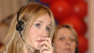 Fan Harry Potter Menentang Kicauan Kontroversial JK Rowling