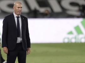 Zidane Lelah Madrid Dituduh Dimenangkan Wasit